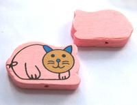 Бусина деревянная кот 2,7х1,8 см розовый